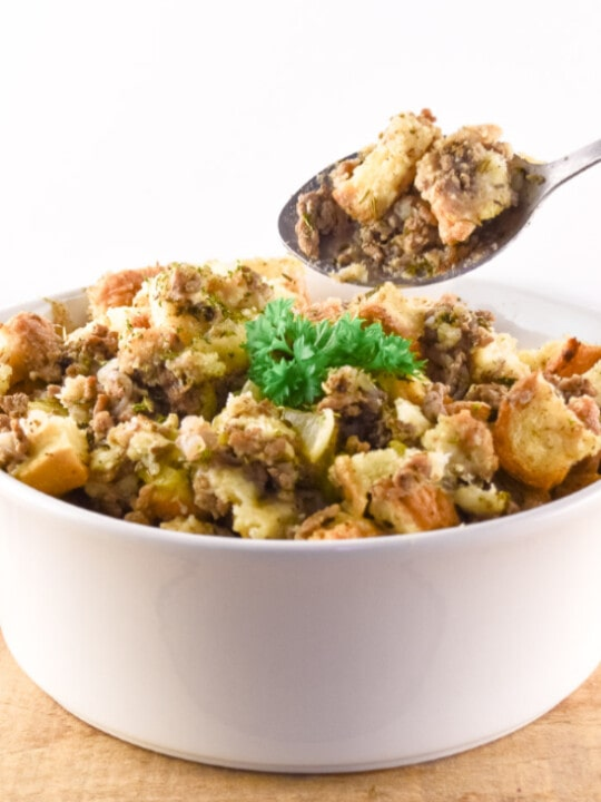Easy Thanksgiving Stuffing With Sausage