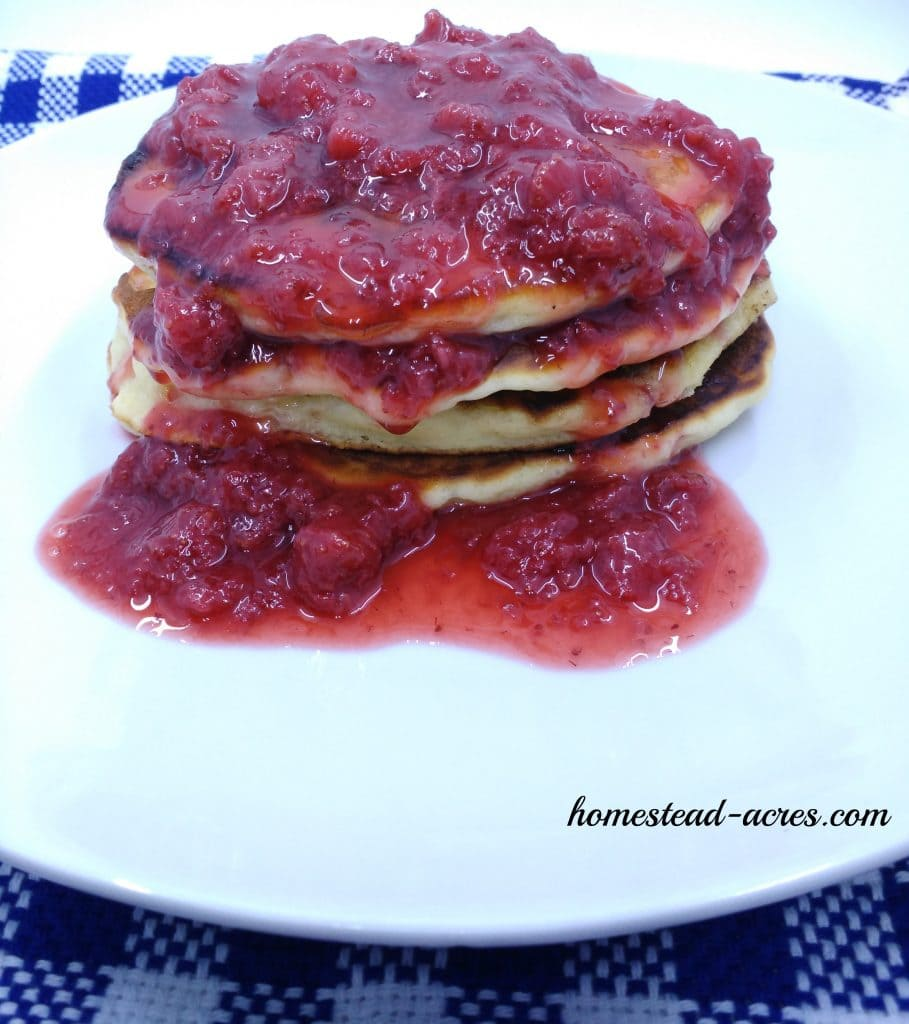 strawberry syrup on pancakes | www.homestead-acres.com