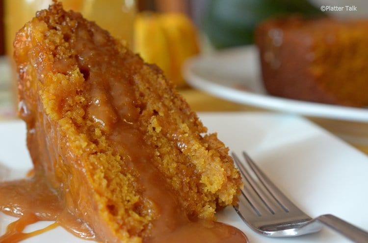 SLOW COOKER STICKY CARAMEL PUMPKIN CAKE