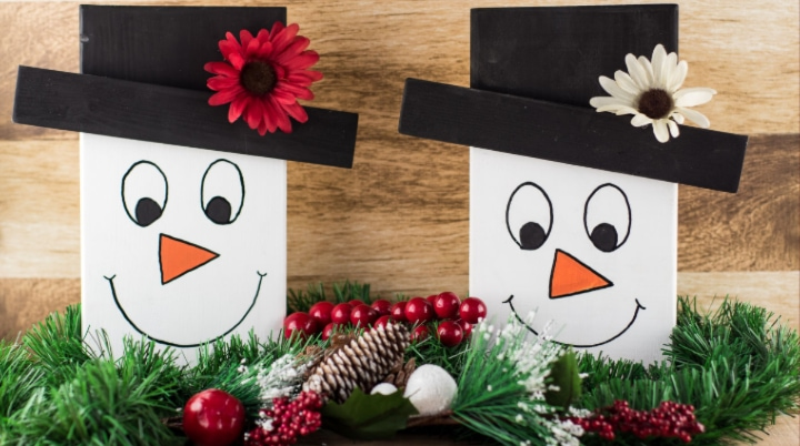 DIY Snowman Faces Tabletop