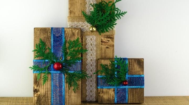 DIY Wooden Presents