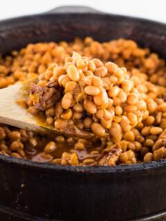 Easy Homemade Boston Baked Beans