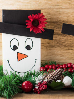 How to make tabletop wooden snowman faces
