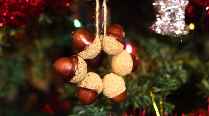 Mini Acorn Wreath Craft